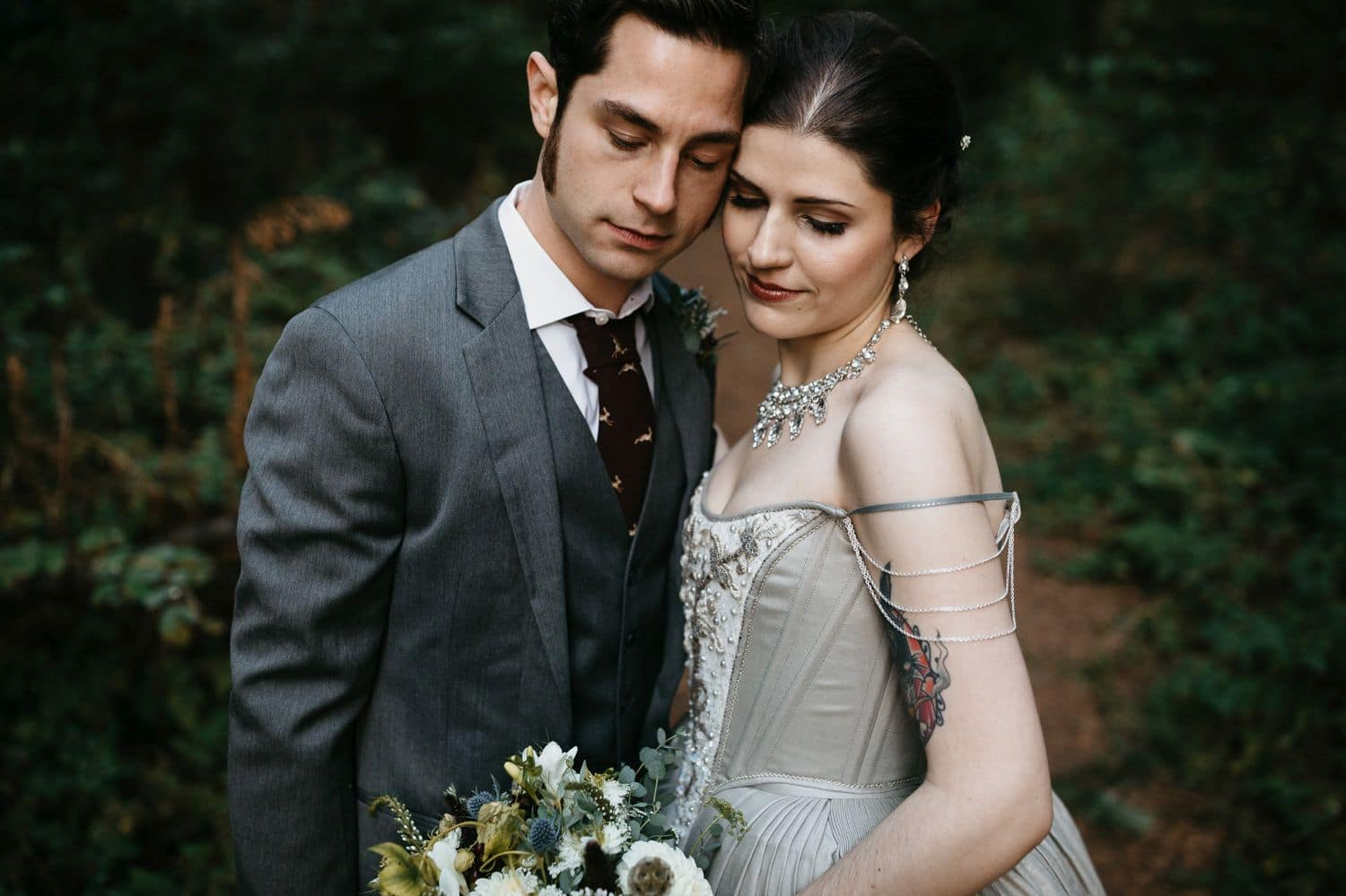 robinswood house wedding portraits in fall