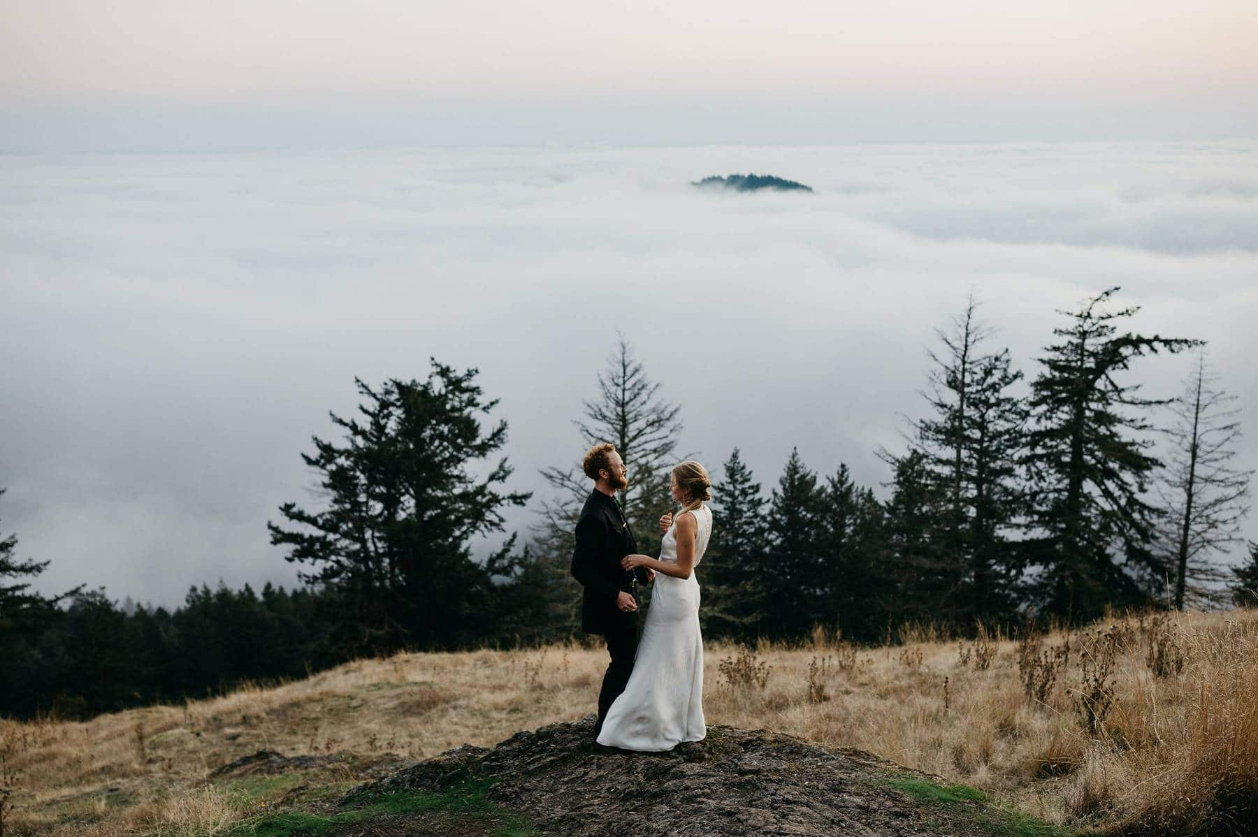 wedding photos on mount constitution orcas island