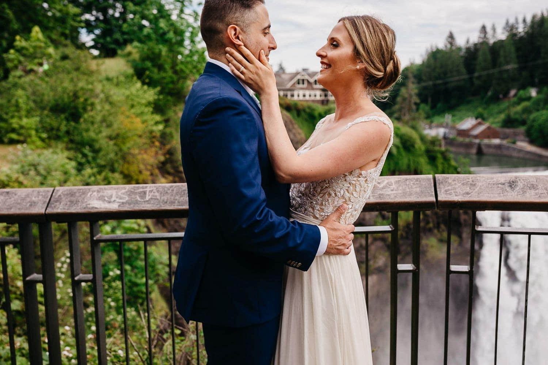 salish lodge wedding at snoqualmie falls